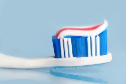 Toothbrushtoothpaste